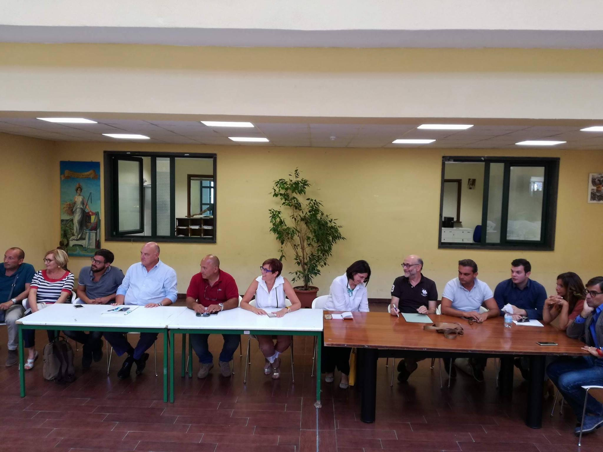 Conferenza capigruppo Battipaglia-compostaggio