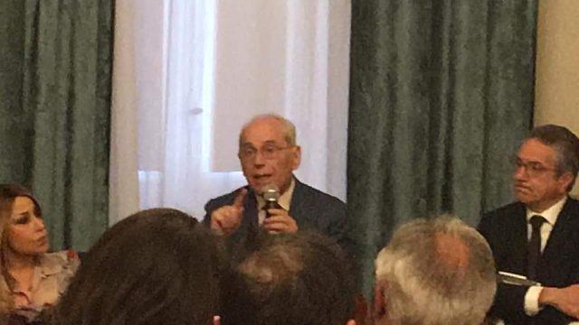 Presentazione libro Paolucci-Carmelo Conte