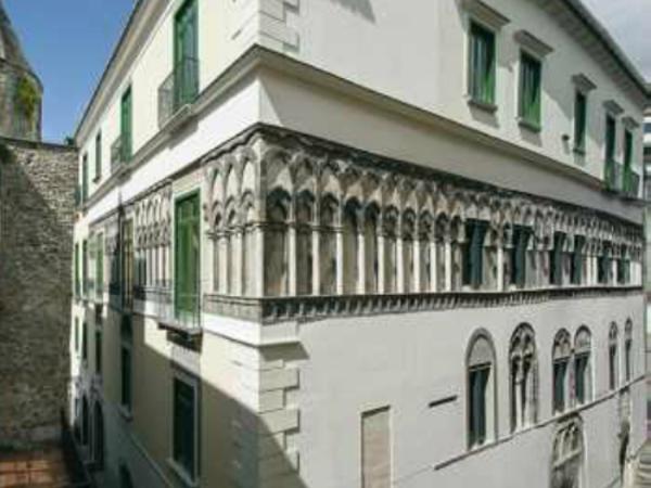 Palazzo Fruscione, Salerno