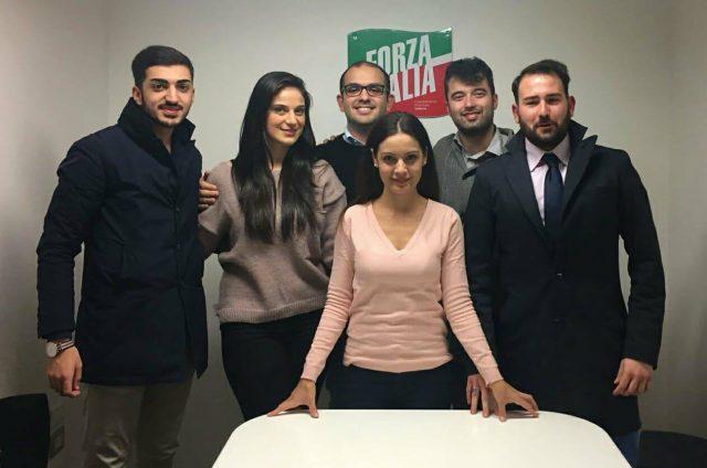 Adriana Volzone con i coordinatori cittadini Forza Italia Giovani