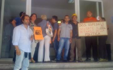 Asl-salerno-protesta-chiusura-reparti-Eboli-foto La Città