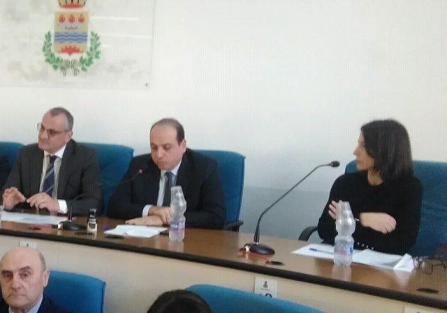 Assessore Giovanna Albano con Cariello e Visconti