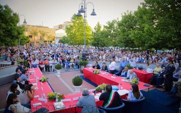 Bellizzi-Mimmo-Volpe-Consiglio-Comunale-in-Piazza