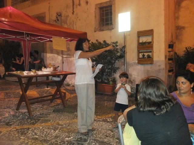 Borgo Balocco_Estemporanea Pittura-Premiazione-Tonia Maratea-presenta i vincitori.