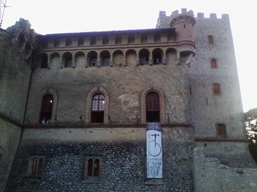 Castello-dAyala-Valva