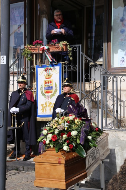 Cerimonia funebre Alinovi-5