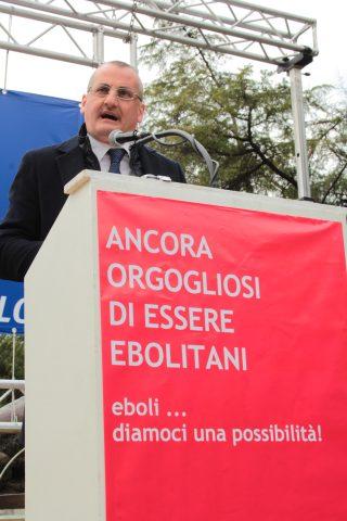 Comizio Massimo Cariello
