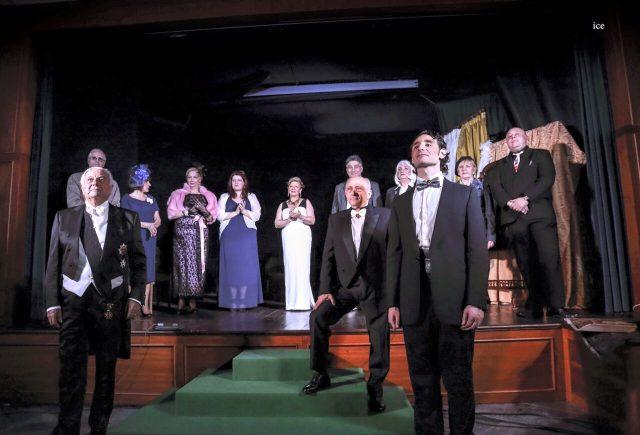 Compagnia teatrale- Les Amis du Théatre