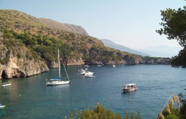 Parco del Cilento, aree marine protette sorvegliate speciali. Multati sei diportisti.