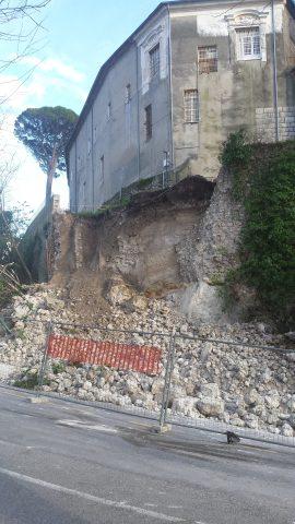 Crollo Castello Colonna Eboli.