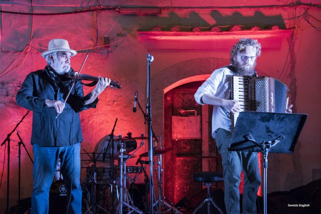 Vito Mercurio-Violino-Francesco Citera-Fisarmonica-Foto Daniela Staglioli