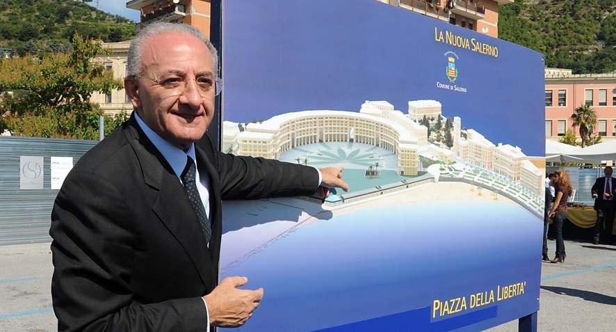 De Luca Piazza della liberta