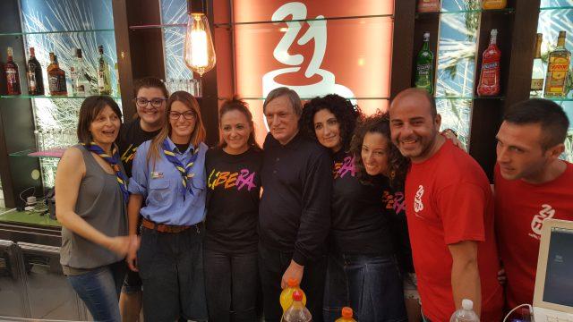 Don Ciotti e i ragazzi del caffè 21 marzo