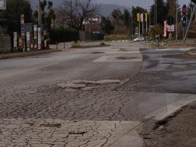 Fisciano-strada_rotta
