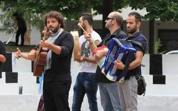 spettacolo musicale-piazza De Vita