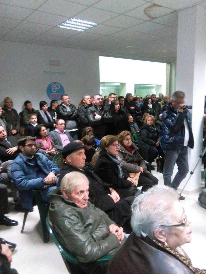Galleria Ritz-Manifestazione Caputo-Pubblico-1