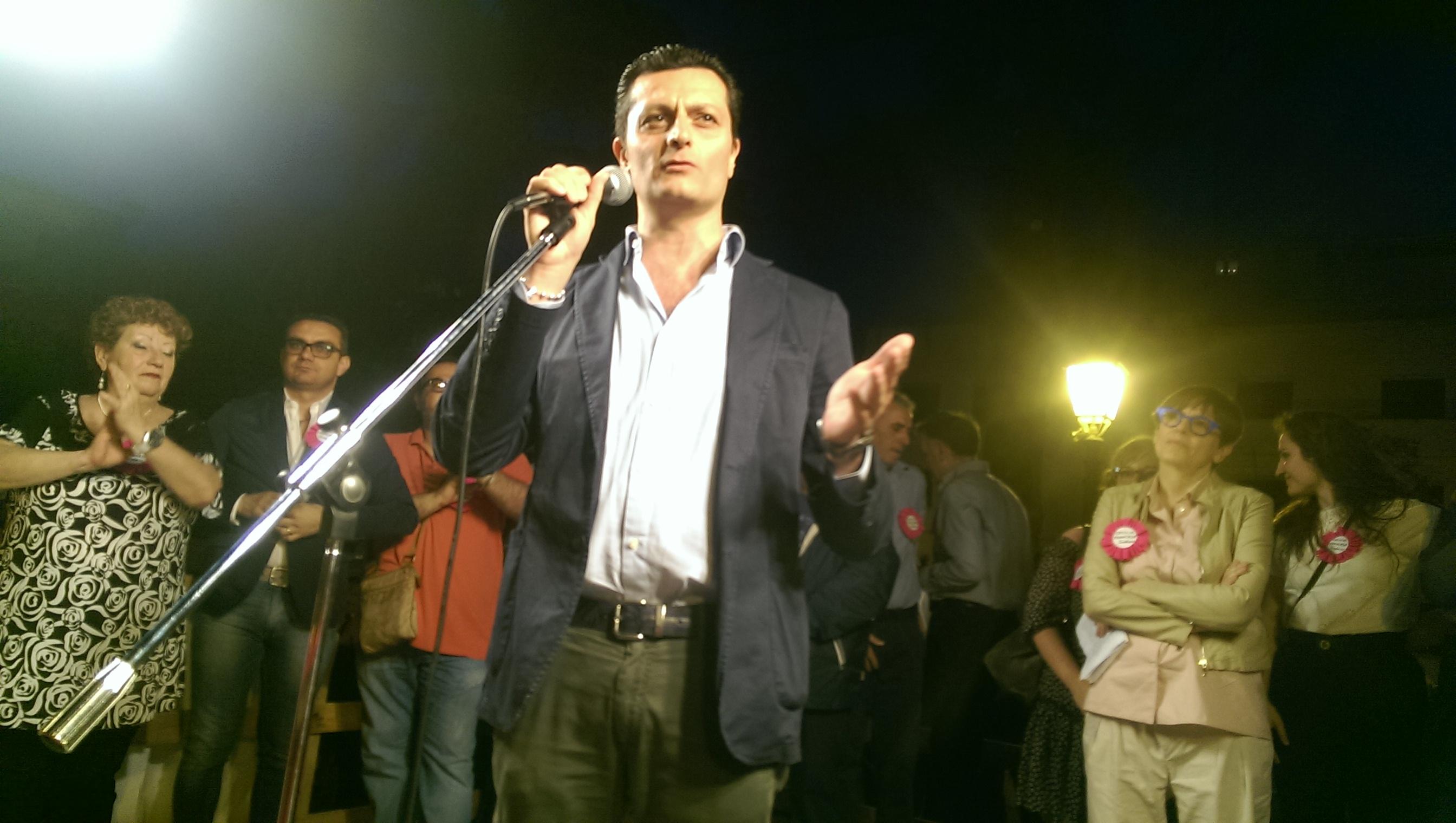 Ugo Tozzi-comizio ballottaggio-Francese