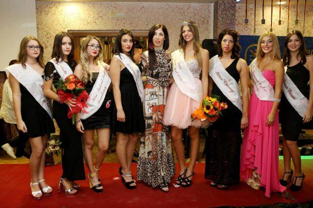 Giusy Sorano con le Miss