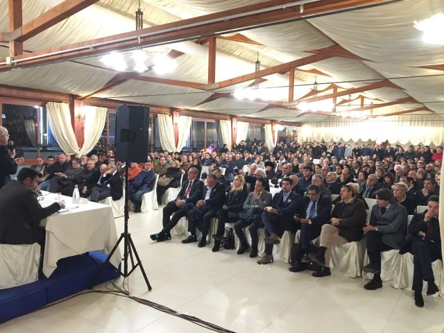 Referendum-incontro-Hotel San Luca-Battipaglia-pubblico