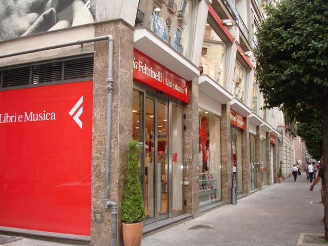 libreria Feltrinelli Salerno