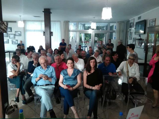 Generazioni a confronto-Convegno Eboli--Hotel Grazia-pubblico-2