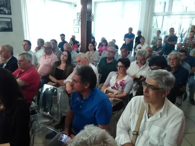 Generazioni a confronto-Convegno Eboli--Hotel Grazia-publico-1
