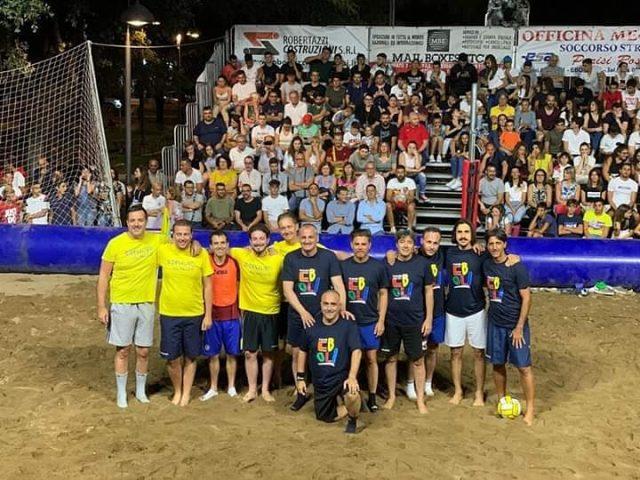 Beach Soccer-Giornalisti--Faenza-Elia-Rinaldi-Folliero-Naponiello--Politici-Cariello-Corsetto-Presutto-Grasso-Ginetti-Piegari-Rizzo
