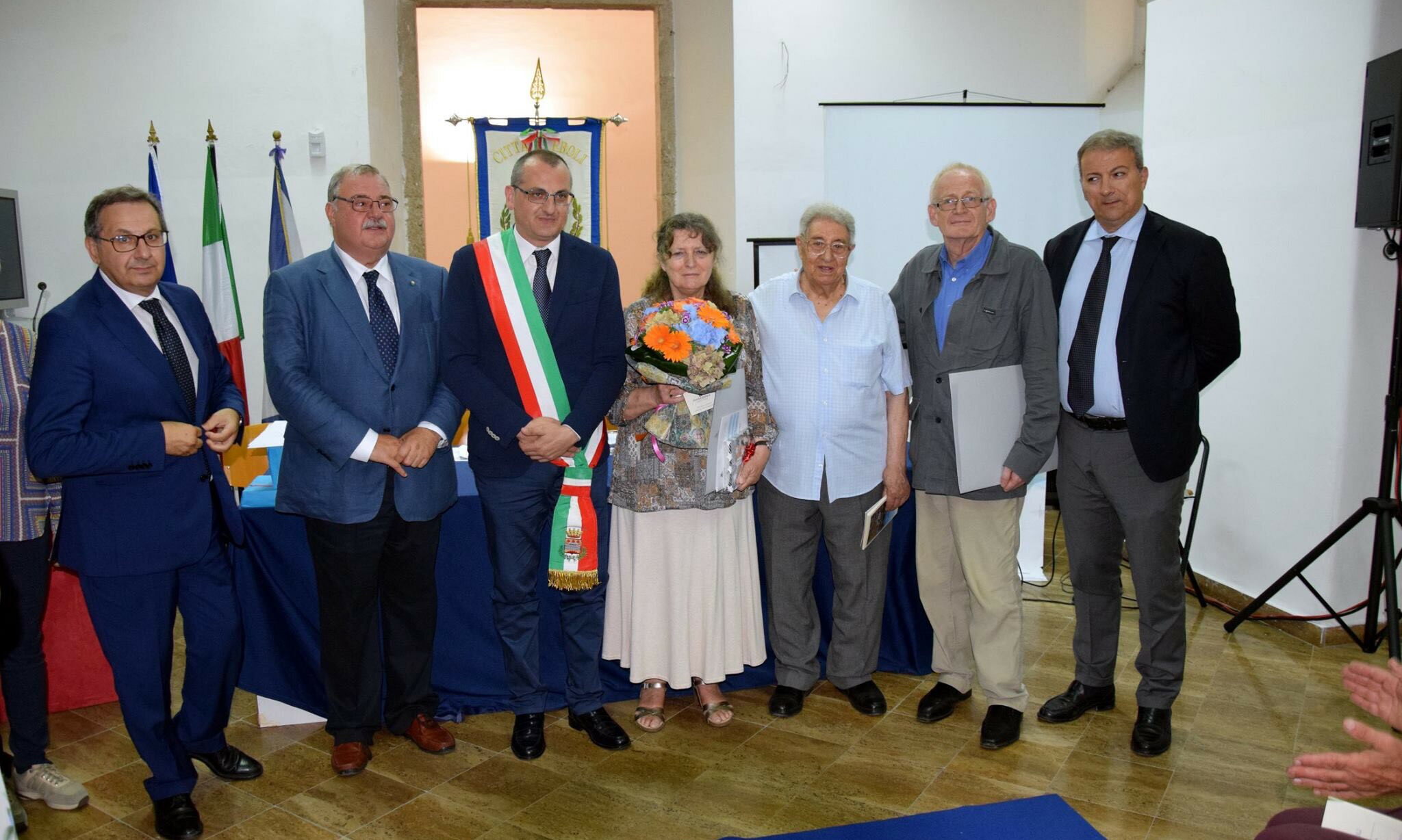 Onoraria - Manzo-Pindozzi-Cariello- Annie Schnapp Gourbellion-Somma-Alain Schnapp-Vecchio