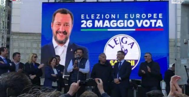 Comizio Salvini a Salerno