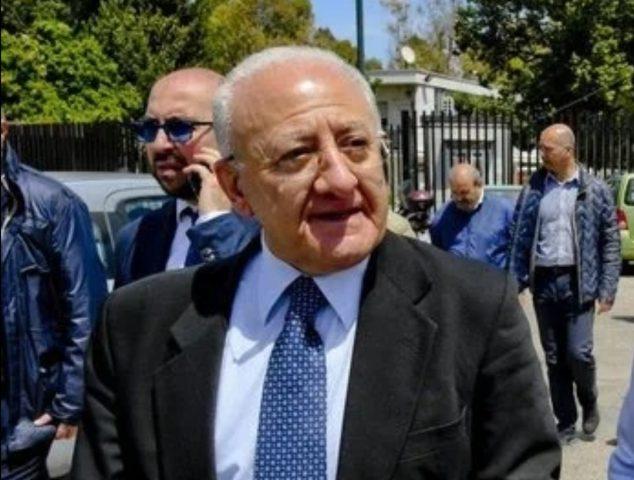 Vincenzo De Luca 10.000 assunzioni