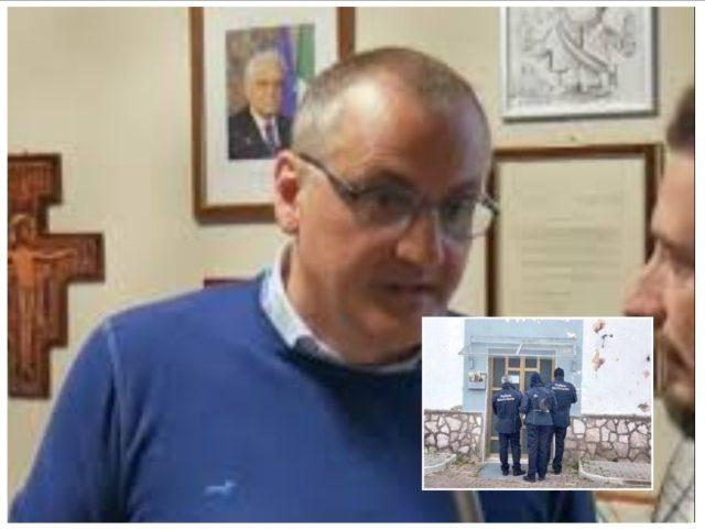 Massimo Cariello - operazione di sfratto