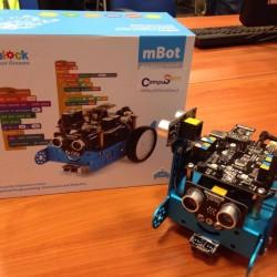 Il robot da programmare inserito nel kit di gara