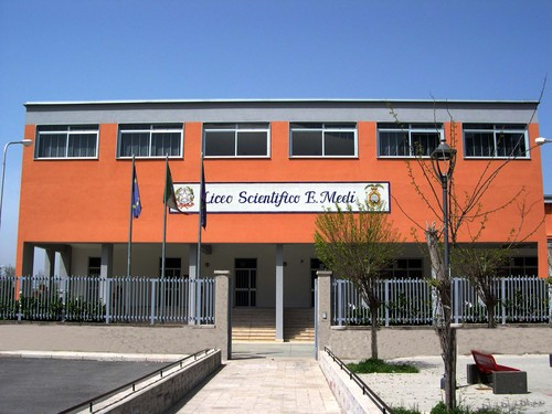 Liceo scientifico E Medi
