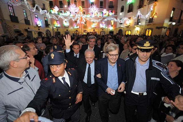 Luci-dArtista-2013-Vincenzo-De-Luca-Vittorio-Sgarbi-8.