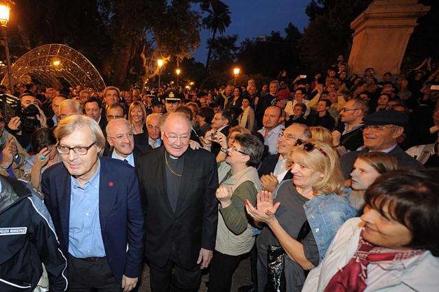Luci-dArtista-2013-Vincenzo-De-Luca-Vittorio-Sgarbi-Mons-Moretti.