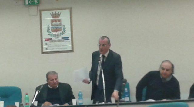 Massimo Cariello-Consiglio Comunale-con-Vecchio-Di Benedetto