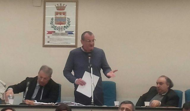Massimo Cariello-Consiglio comunale-Liceo