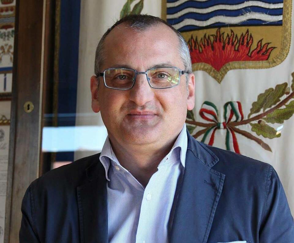 Massimo Cariello-stemma
