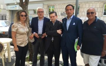 Monica-Paolino-Martino-Melchionda-Donato-Pica-Pasquale-Aliberti-Sit-in-ASL-Salerno