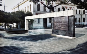 Monumento-a-Vincenzo-Giudice