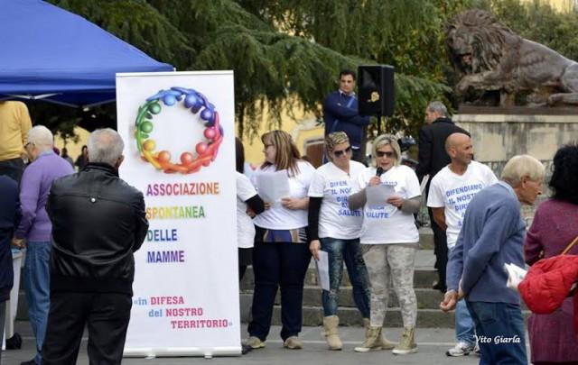 Protesta del Comitato delle Mamme in Difesa dell'Ospedale di Eboli