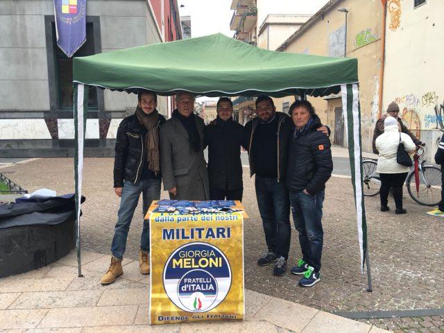 Raccolta Firme FdI per gli italiani