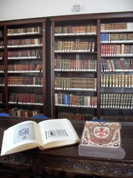 Sala antica-Biblioteca-Simone Augelluzzi-Eboli.j