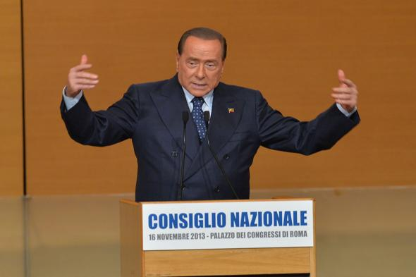 Silvio-Berlusconi-consiglio-Nazionale
