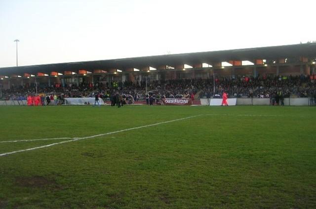 Stadio-Dirceu-tribuna.