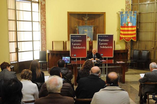 Vincenzo-De-Luca-Conferenza-stampa-fine-anno