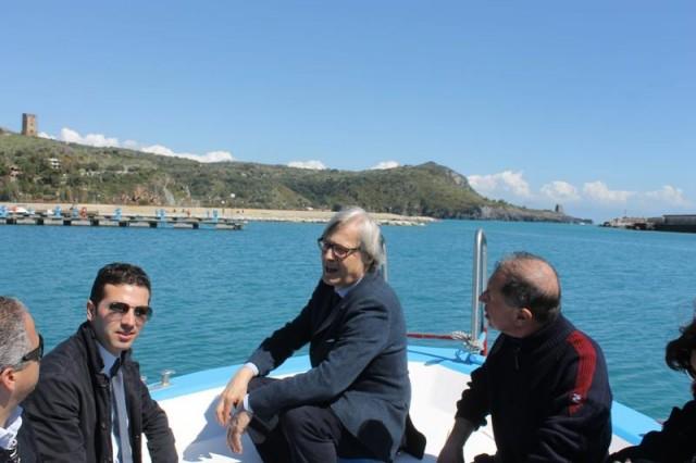 Vittorio-Sgarbi-marina-di-camerota