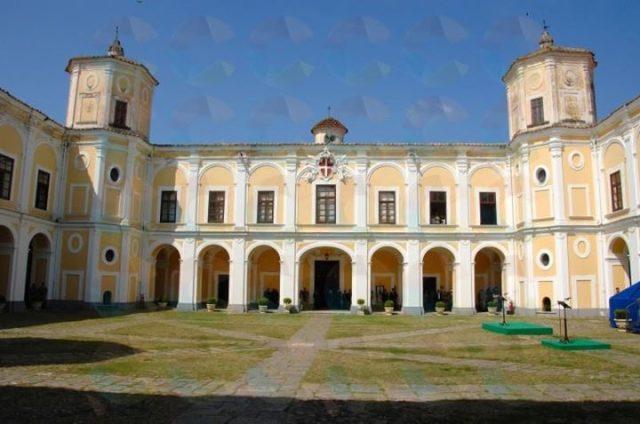 chiostro Casina reale persano