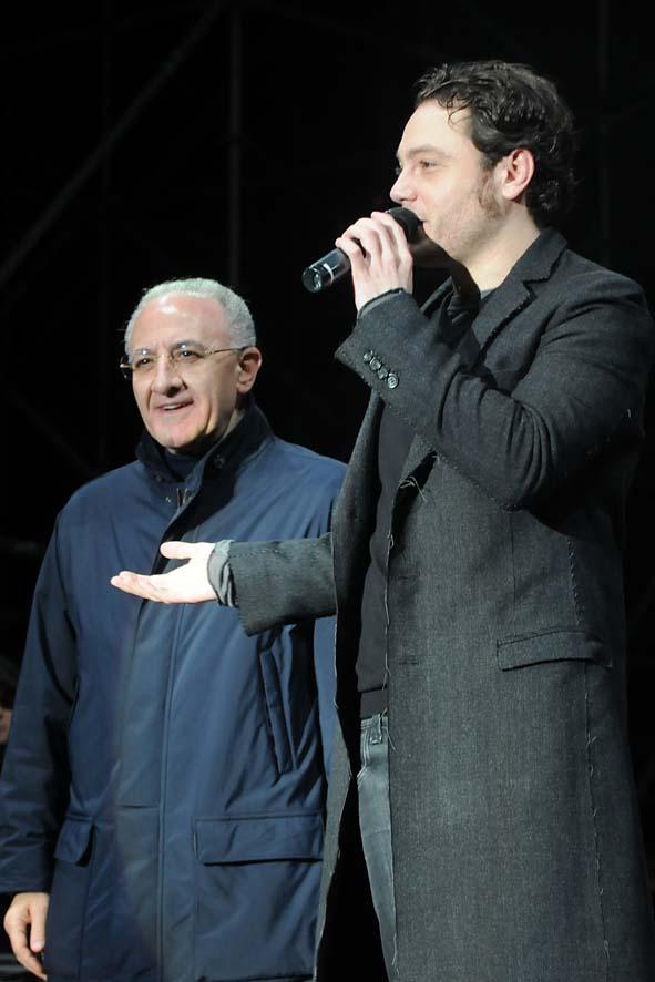 concerto fine anno-06 De Luca e Tiziano ferro