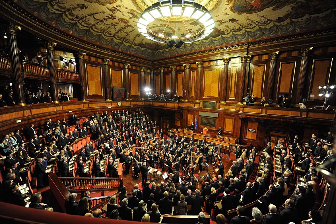 Per il concerto di natale de luca scrive al presidente del for Senato della repubblica diretta